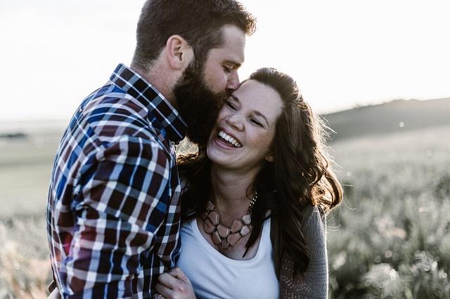 結婚できる女と男性